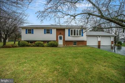 3805 KENTON LN, HARRISBURG, PA 17110 - Photo 1