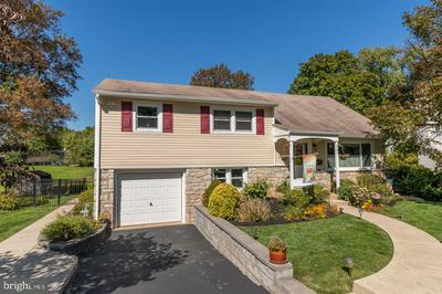 337 CENTRAL DR, LANSDALE, PA 19446 - Photo 1