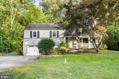 3216 SUNSET AVE, NORRISTOWN, PA 19403 - Photo 1