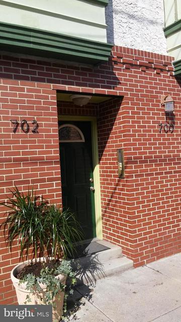 700 S 18TH ST, PHILADELPHIA, PA 19146 - Photo 1