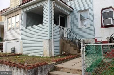 6947 CLINTON RD, UPPER DARBY, PA 19082 - Photo 2