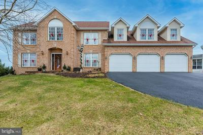 1 SILVER MAPLE DR, BOILING SPRINGS, PA 17007 - Photo 1