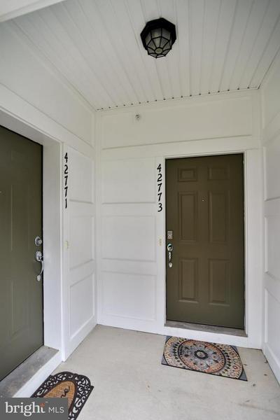 42773 BURRELL SQ, ASHBURN, VA 20147 - Photo 2
