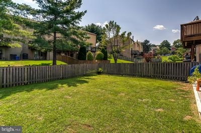 19 BARTLEY CT, BALTIMORE, MD 21236 - Photo 2