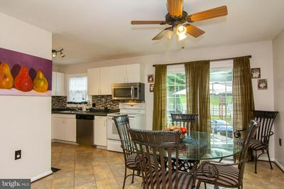 203 S COURT ST, WESTMINSTER, MD 21157 - Photo 2
