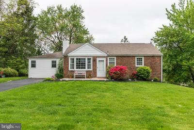 105 OAKLYN AVE, NORRISTOWN, PA 19403 - Photo 1