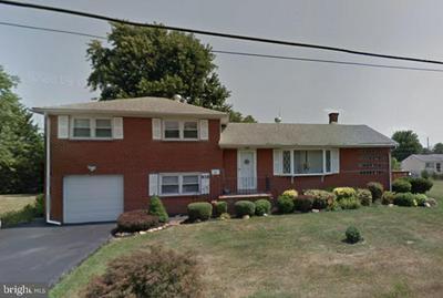 818 W 13TH ST, NEW CASTLE, DE 19720 - Photo 1