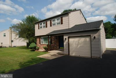 1043 ORCHID RD, WARMINSTER, PA 18974 - Photo 1