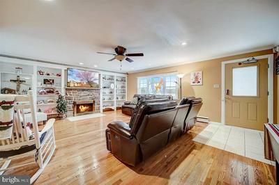 1424 DILLON RD, AMBLER, PA 19002 - Photo 2