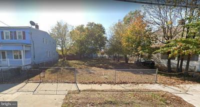 866 MARKET ST, GLOUCESTER CITY, NJ 08030 - Photo 1