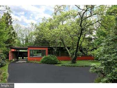 9 ORCHARD CIR, PRINCETON, NJ 08540 - Photo 2