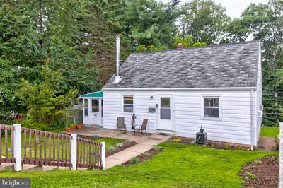 112 MILDRED LN, ASTON, PA 19014 - Photo 2
