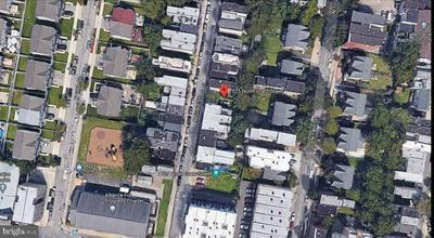 1725 N GRATZ ST, PHILADELPHIA, PA 19121 - Photo 1