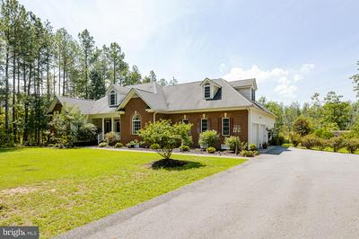 16177 PUG SWAMP LN, BEAVERDAM, VA 23015 - Photo 1