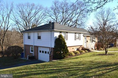 3858 DAWN MAR ST, HARRISBURG, PA 17111 - Photo 2