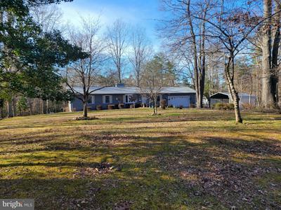 902 S BLUEWATER BLVD, MINERAL, VA 23117 - Photo 1