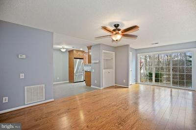 3903 GOLF TEE CT APT 101, FAIRFAX, VA 22033 - Photo 2