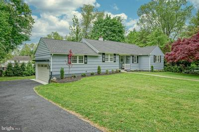 606 LINCOLN TER, Moorestown, NJ 08057 - Photo 1