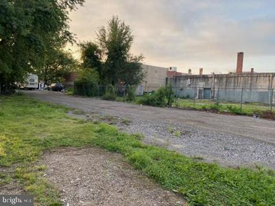 26 N 25TH ST, CAMDEN, NJ 08105 - Photo 2