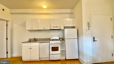 330 S JUNIPER ST APT 3B, PHILADELPHIA, PA 19107 - Photo 2