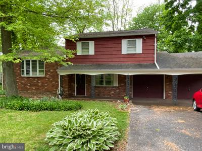 726 FAY DR, FEASTERVILLE TREVOSE, PA 19053 - Photo 1