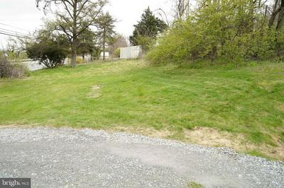 5488 LINCOLN HWY, Gap, PA 17527 - Photo 2