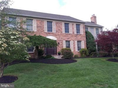 28 ABINGTON RD, Mount Laurel, NJ 08054 - Photo 2
