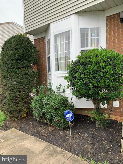 822 CENTRAL HILLS LN, LANDOVER, MD 20785 - Photo 2