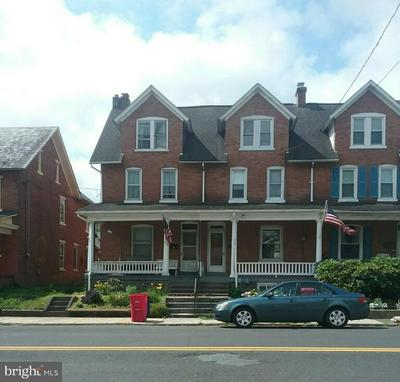 818 W BROAD ST, QUAKERTOWN, PA 18951 - Photo 1