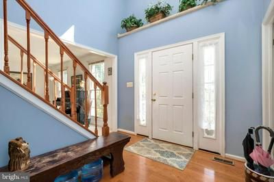 12513 DARDANELLE CT, Herndon, VA 20170 - Photo 2