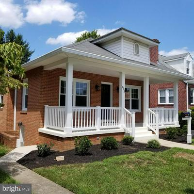 605 MAGNOLIA AVE, FREDERICK, MD 21701 - Photo 2