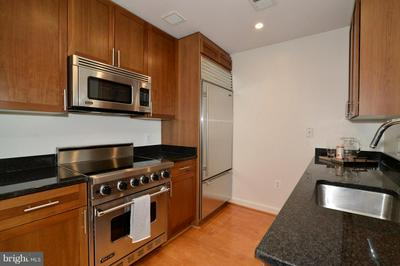 4380 KING ST, ALEXANDRIA, VA 22302 - Photo 2