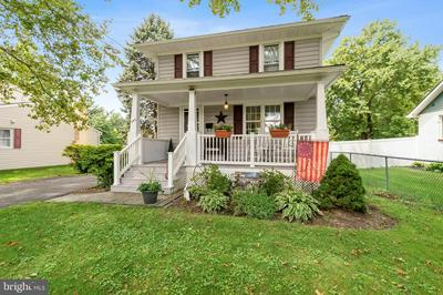 244 PARKVIEW AVE, LANGHORNE, PA 19047 - Photo 1