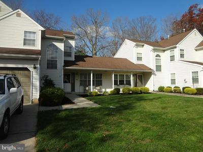 542 ONE MILE RD S, HIGHTSTOWN, NJ 08520 - Photo 1
