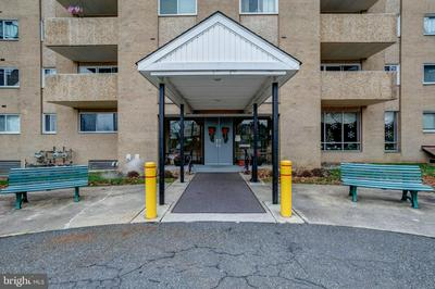 801 S CHESTER RD APT 407, SWARTHMORE, PA 19081 - Photo 2