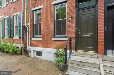 2125 MOUNT VERNON ST, PHILADELPHIA, PA 19130 - Photo 1