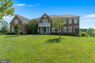 11215 MARWOOD HILL DR, Potomac, MD 20854 - Photo 2