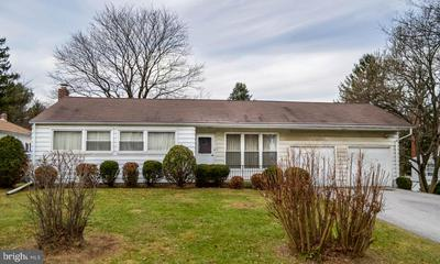 113 WINTERSTOWN RD, RED LION, PA 17356 - Photo 2