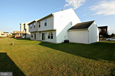 3753 ROLLING HILLS DR, GREENCASTLE, PA 17225 - Photo 2