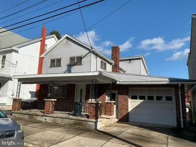 509 WASHINGTON ST, TAMAQUA, PA 18252 - Photo 1