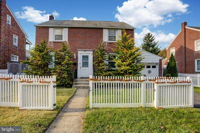 609 MARCH ST, READING, PA 19607 - Photo 2