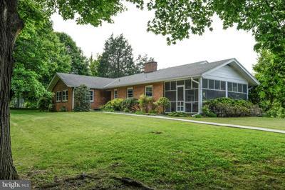 196 OLD BROWNTOWN RD, FRONT ROYAL, VA 22630 - Photo 2