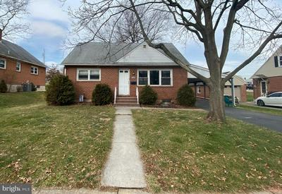 339 E ROOSEVELT AVE, MIDDLETOWN, PA 17057 - Photo 1