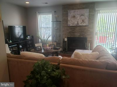 4319 APPLE ORCHARD LN # 3, SUITLAND, MD 20746 - Photo 2