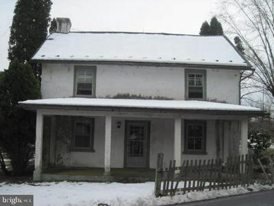 1415 KUMRY RD, PENNSBURG, PA 18073 - Photo 1
