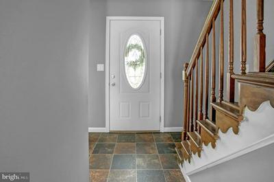 4285 HIGHLAND RD, ELIZABETHTOWN, PA 17022 - Photo 2