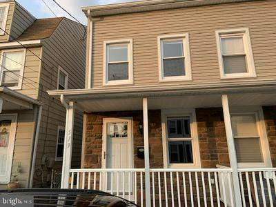 519 WILLOW ST, BORDENTOWN, NJ 08505 - Photo 1