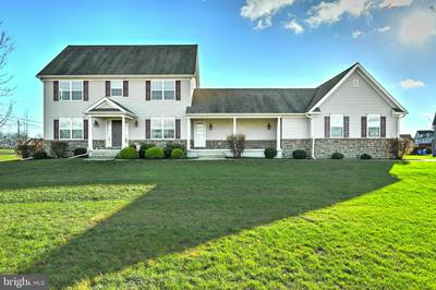 1901 PRESERVE LN, PALMYRA, PA 17078 - Photo 1