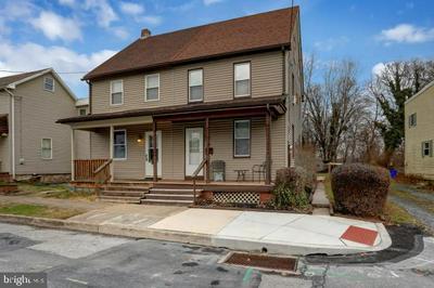 121 MARKET ST, NEW CUMBERLAND, PA 17070 - Photo 2