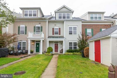 8706 MEADOW WOOD CT, ODENTON, MD 21113 - Photo 2